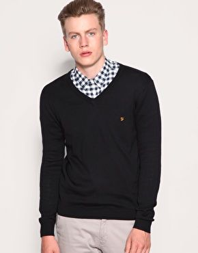 Farah Vintage The Cartwrite V-Neck Jumper
