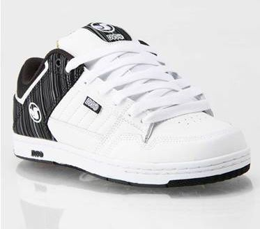 DVS Ignition Skate Shoes . DVS White skate shoe