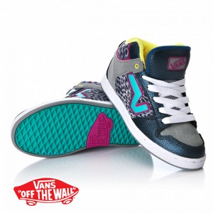 Vans Upland 3 Mid Shoes